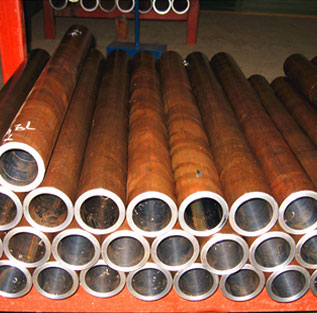 ST 52 Seamless Pipe